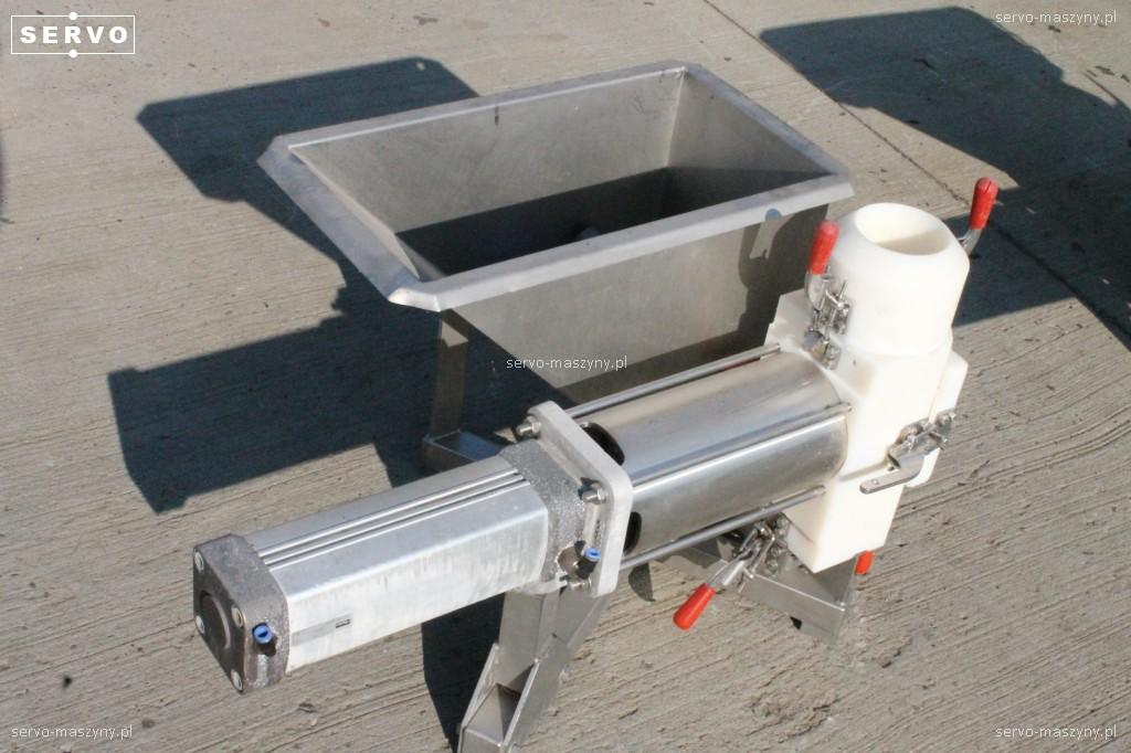Kosz zasypowy z zaworem do pneumatycznego transportu odpadów Stork