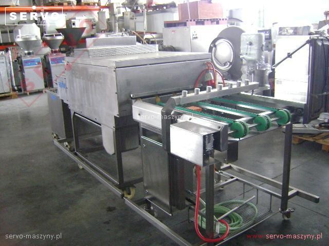 Linia do czyszczenia i smarowania tacek piekarniczych Reini
