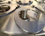 Rotacyjna maszyna napełniająco – zamykająca Hugart DS 2500 #12
